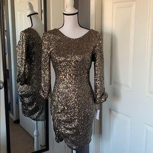 🌟4/28 HOST PICK 🌟Saks bronze sequins dress